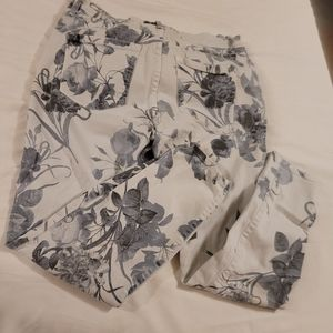 Nine west blue and white floral jeans 6